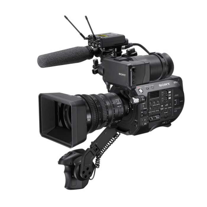 Sony PXW-FS7 II K with 18-110mm f/4 G OSS Lens